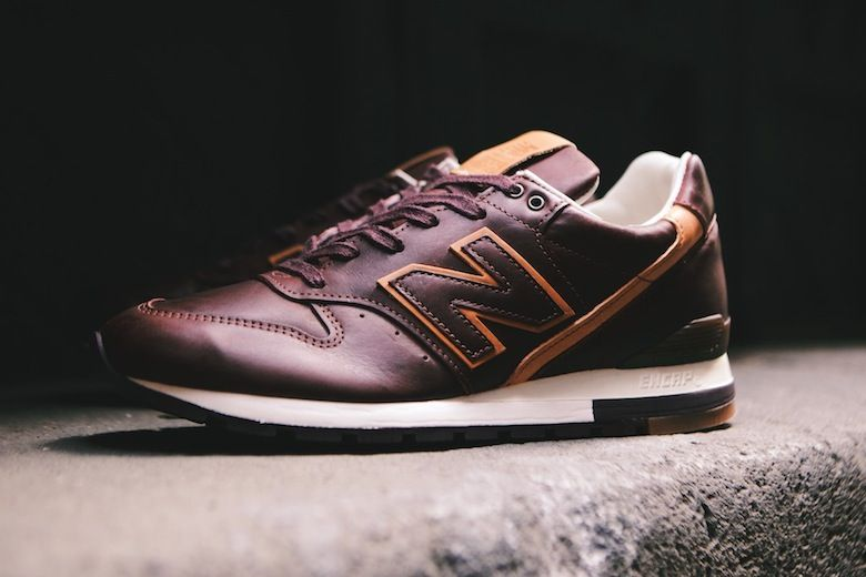 New Balance 996 « Burgundy & Tan » avec Horween Sneakers