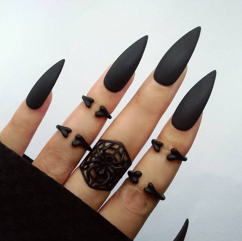 Full Set Black Long Stiletto Press On Nails Matte Or High Gloss In 2020 Matte Stiletto Nails Long Black Nails Long Stiletto Nails