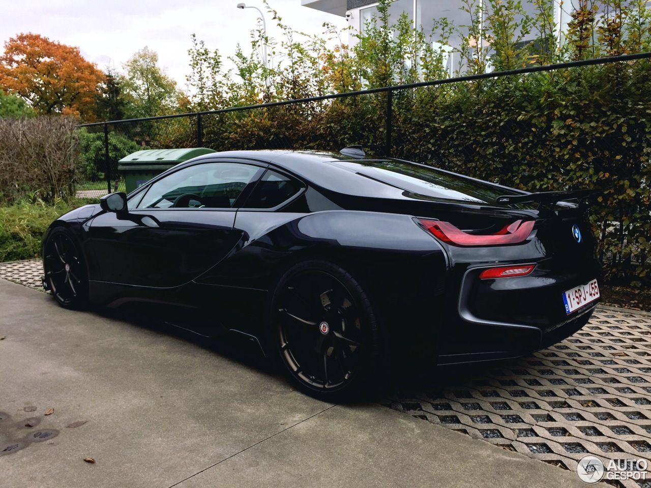 All Black Ac Schnitzer Tuned Bmw I8 Is What Kitt Would Look Like Today Carscoops Bmw I8 Bmw Bmw I8 Black