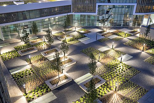 Green place office building milano 03 0 landscape 030 for Garden designer milano