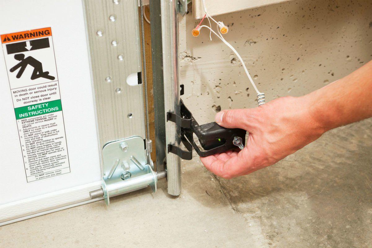 Diagnose Any Garage Door Problem Yourself In Just 9 Steps Garage
