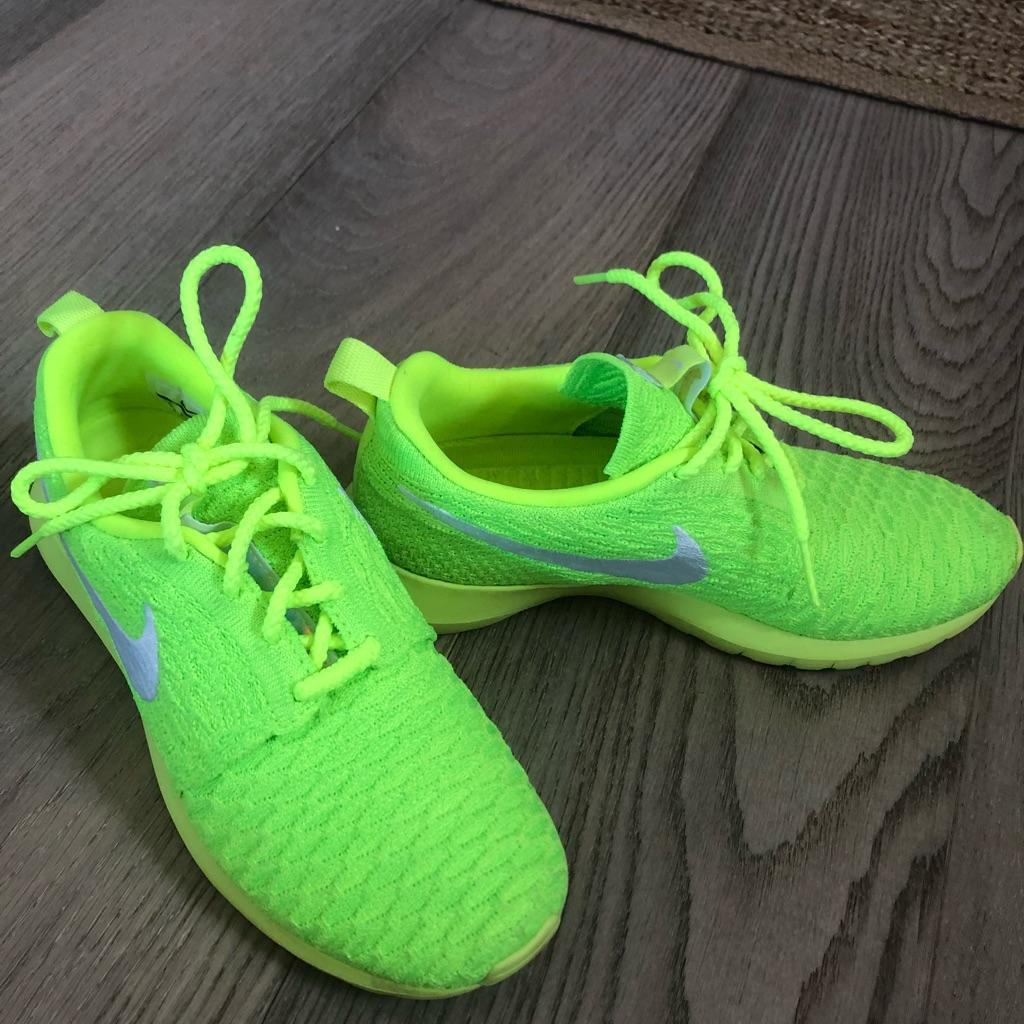 neon grønn running sko inexpensive