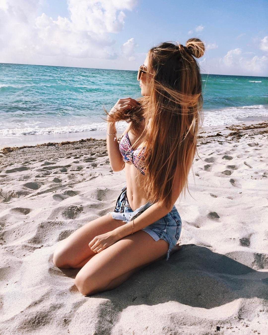 Девушки лето пляж картинки