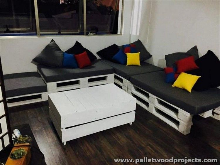 Pallet Corner Couches With Tables Corner Couch Pallets And Pallet