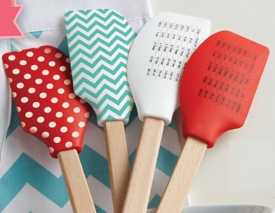 10 Things Every Mormon Mom Wants: Spatula with Conversion Chart