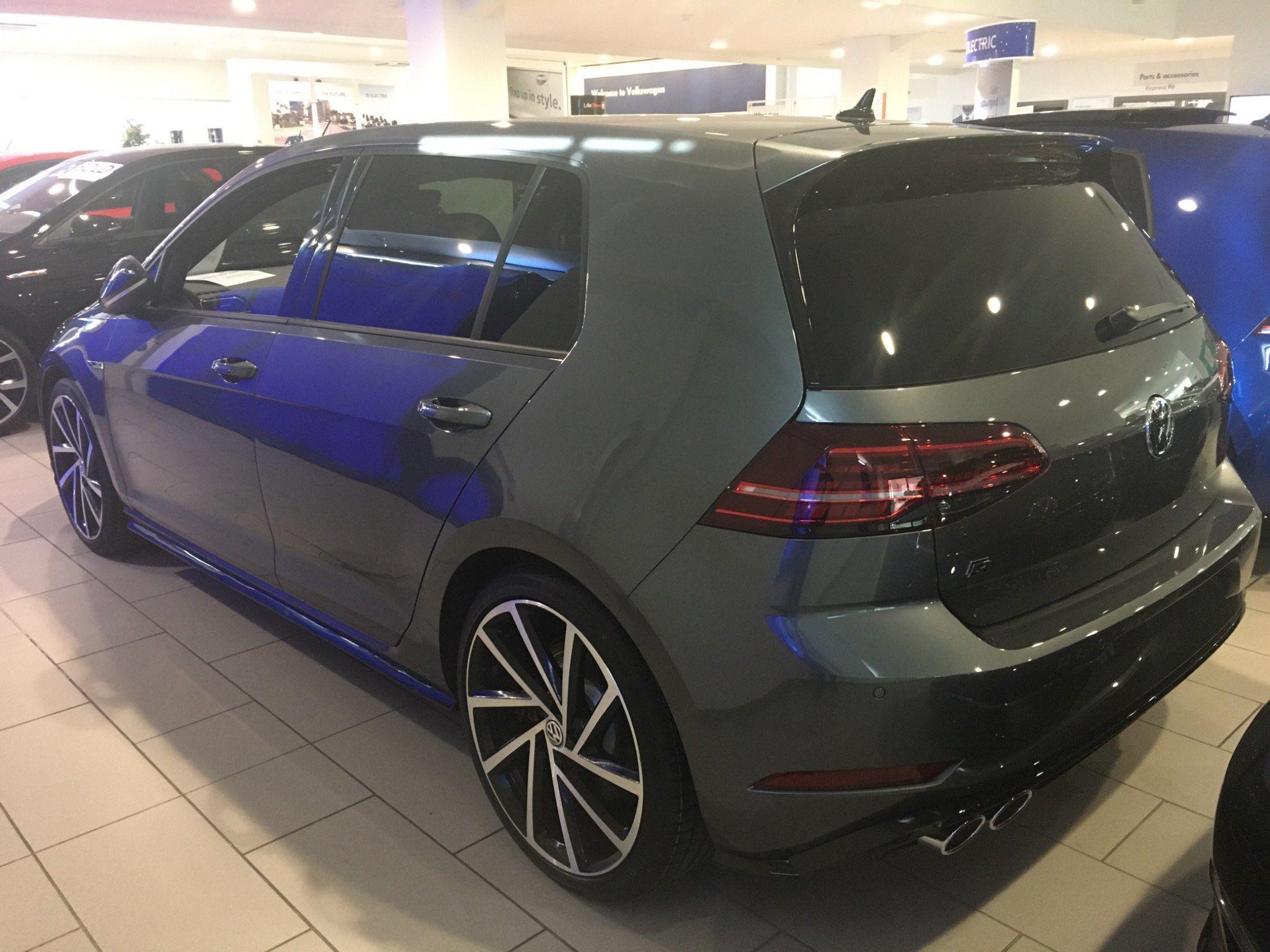 Volkswagen Golf 2 0 Tsi R Dsg 4motion S S 5dr In 2020 Volkswagen Volkswagen Golf Golf