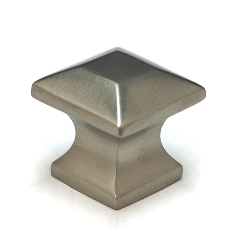 "Hickory Studio P3015-VBZ Venetian Bronze 1 1//4/"" Square Pyramid Cabinet Knob Pull"