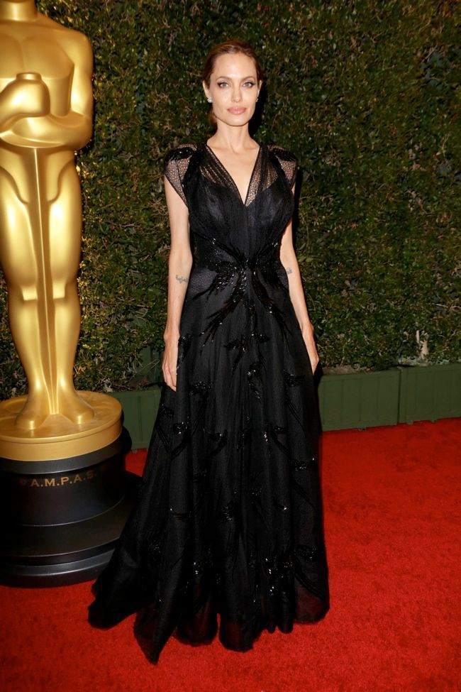 ANGELINA JOLIE IN ATELIER VERSACE - 2013 GOVERNORS AWARDS