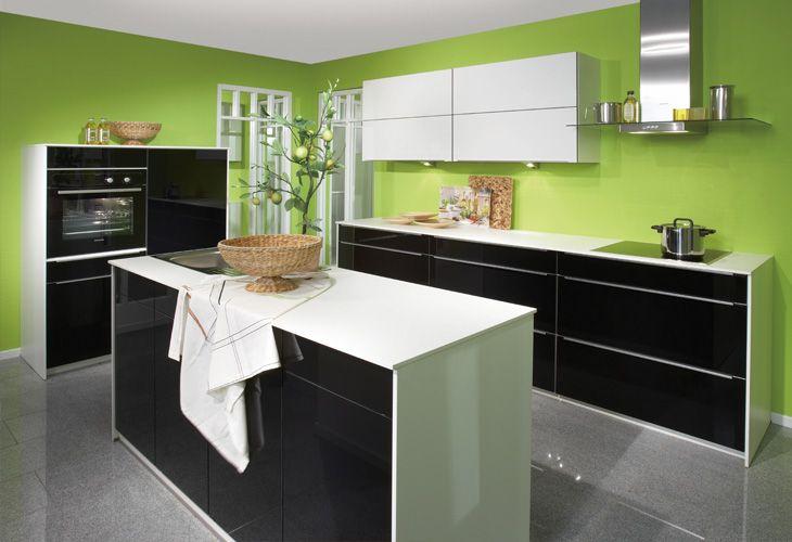 Schwarze Küche von Nobilia   black kitchen by Nobilia Küche - nobilia küchenfronten farben