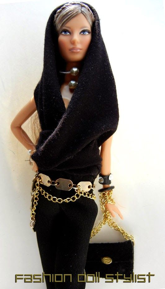 DYI chain belts for Barbie. www.fashiondollstylist.blogspot.com
