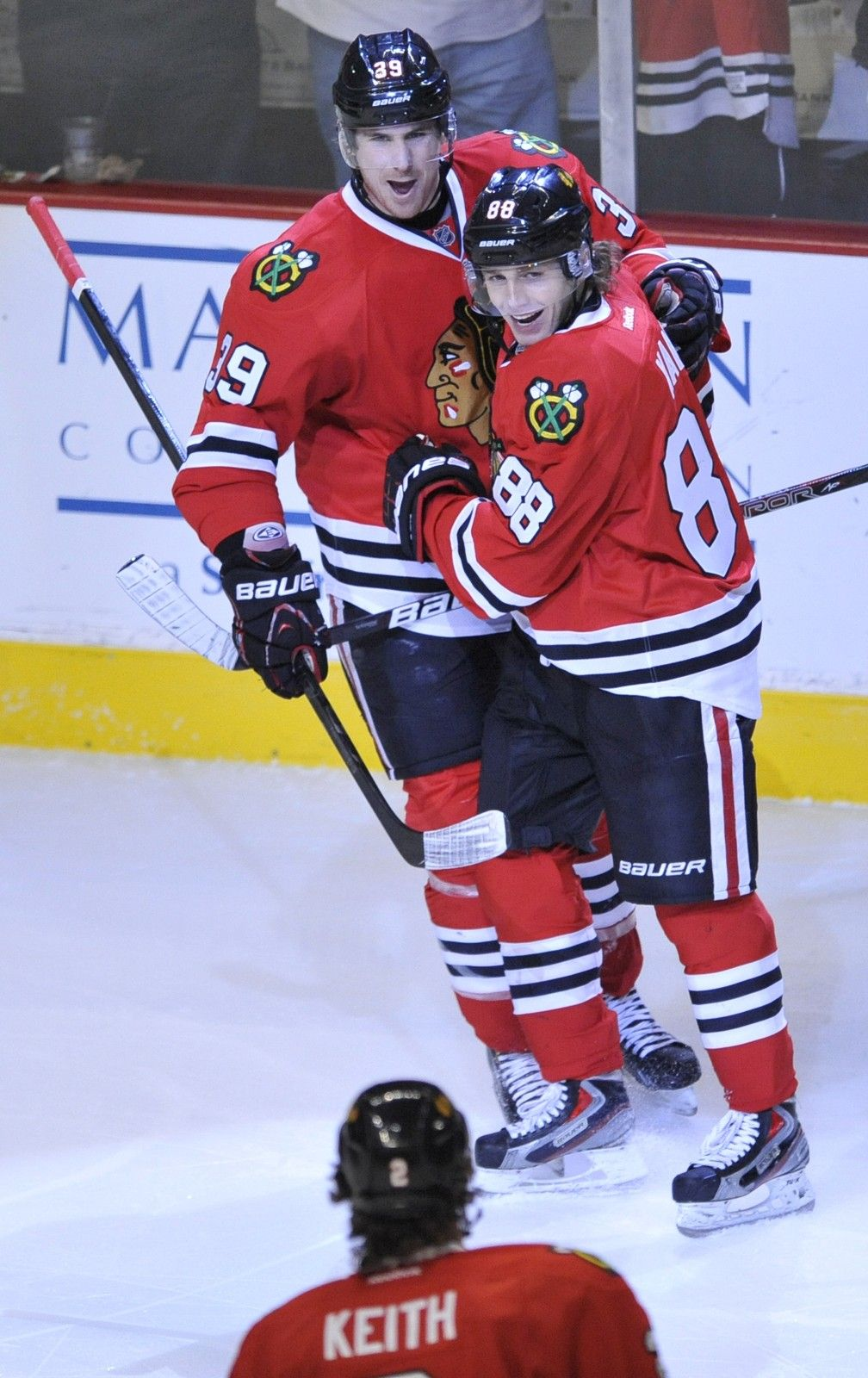 Jimmy Hayes And Patrick Kane 3 29 13 Blackhawks Hockey Black N Red Patrick Kane