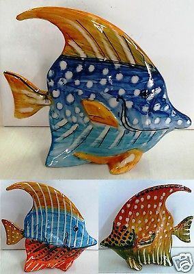 Pesce cm 23x20x6 decorato a mano in ceramica di for Oggetti da appendere