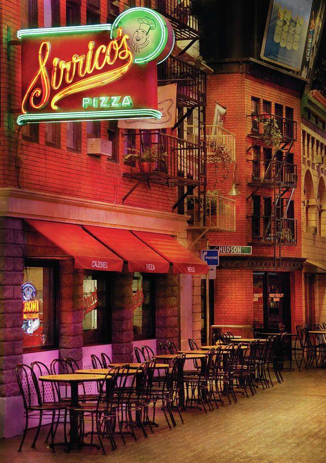 Sirrico S Pizza In New York New York Hotel Las Vegas Las Vegas