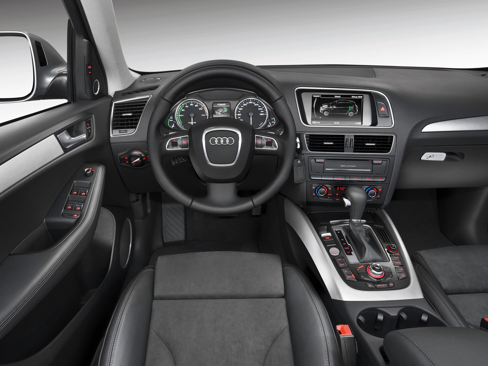 Superior 2012 Audi Q5 Hybrid
