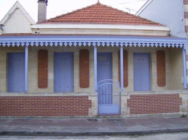 Soulac Sur Mer : Petite Maison Rue Trouche On Remarque Les
