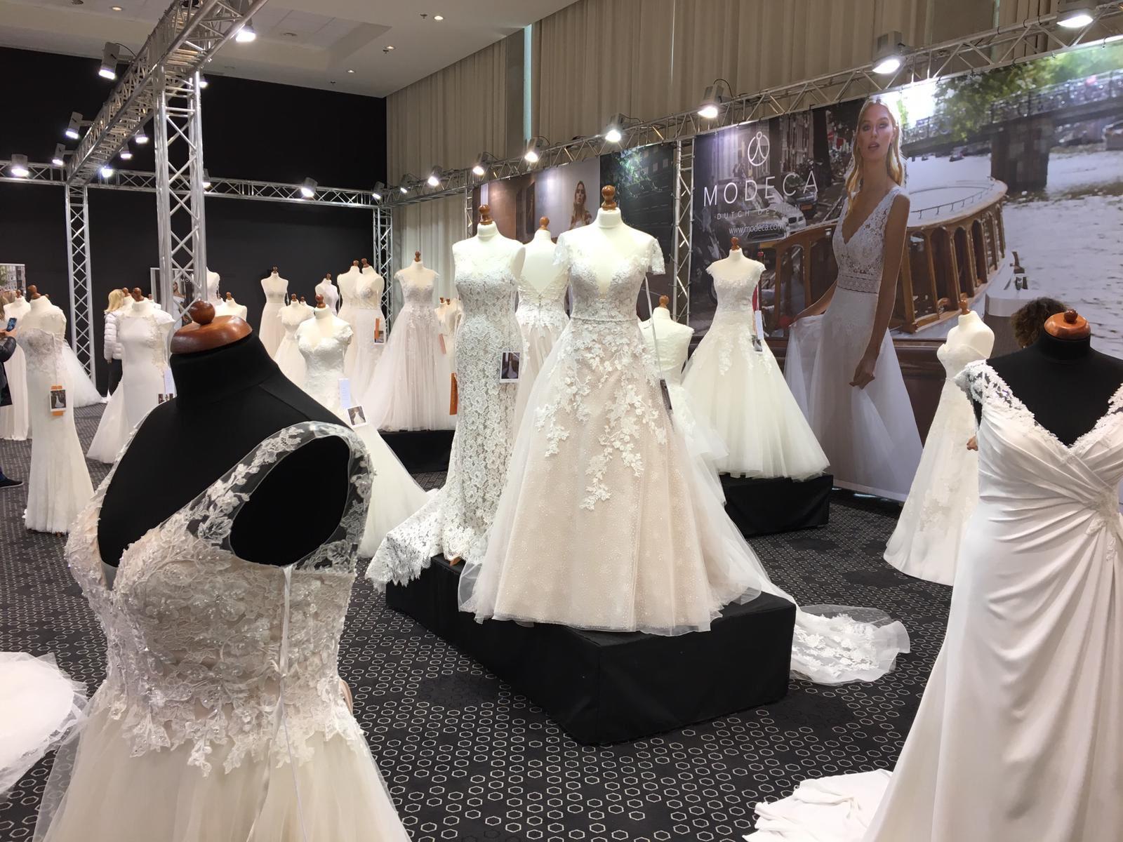 Trouwjurk Inkoop.Inkoop Trouwjurken Op Bridal Event Amsterdam Collectie 2020 Van