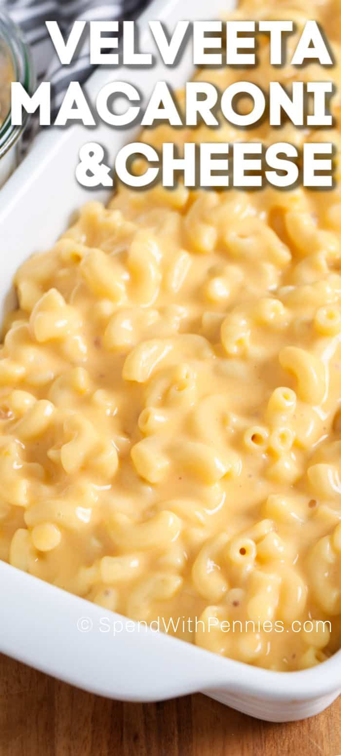 This Velveeta mac and cheese is an easy homemade recipe. Macaroni is stirred into this creamy velveeta sauce and topped with a breadcrumb topping and baked until bubbly & delicious! #spendwithpennies #velveetamacandcheese #homemade #casserole #pasta #macandcheese #macaroniandcheese