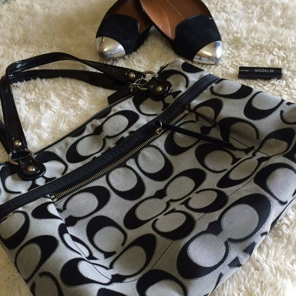 Coach purse Black authentic Coach purse - open to reasonable offers Coach Bags Totes