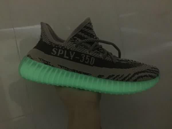 Adidas yeezy impulso 350 v2 aaa unisex (36 48) luminosa gray, prezzo 81