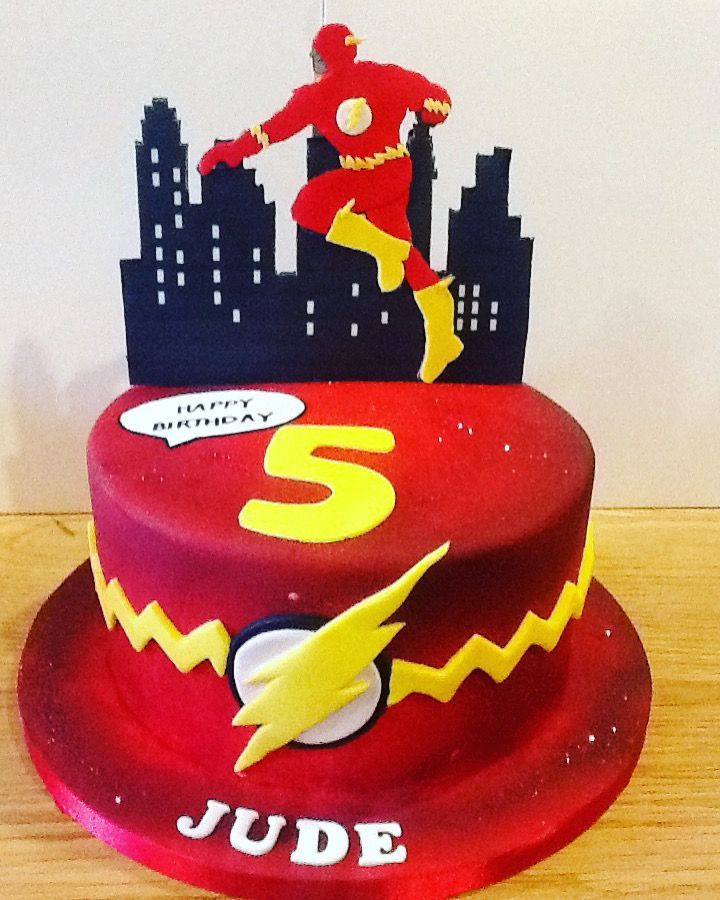 The Flash Birthday Cake. Finished with hand cut fondant character ...