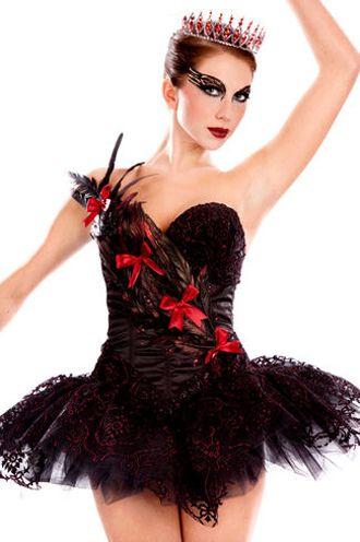 86c919d7a Capriche na maquiagem e prepare-se para muitos elogios para essa Fantasia  Cisne Negro