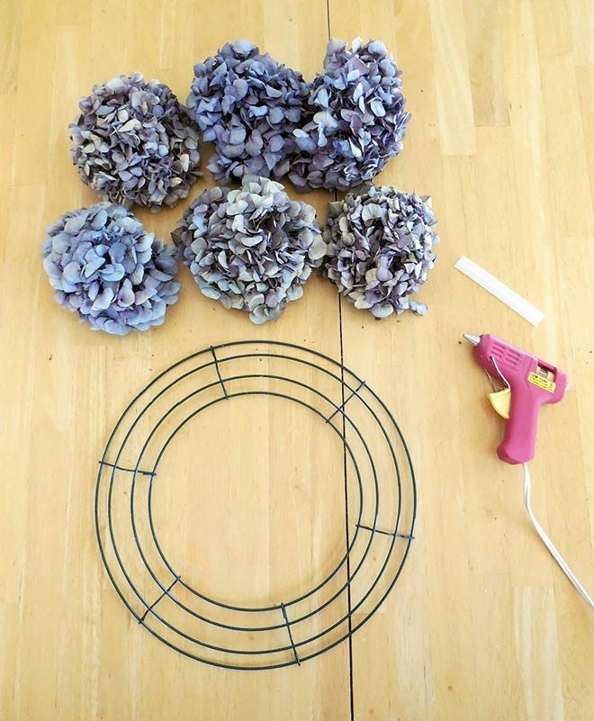 Photo of How To Make A Dried Hydrangea Flower Wreath
