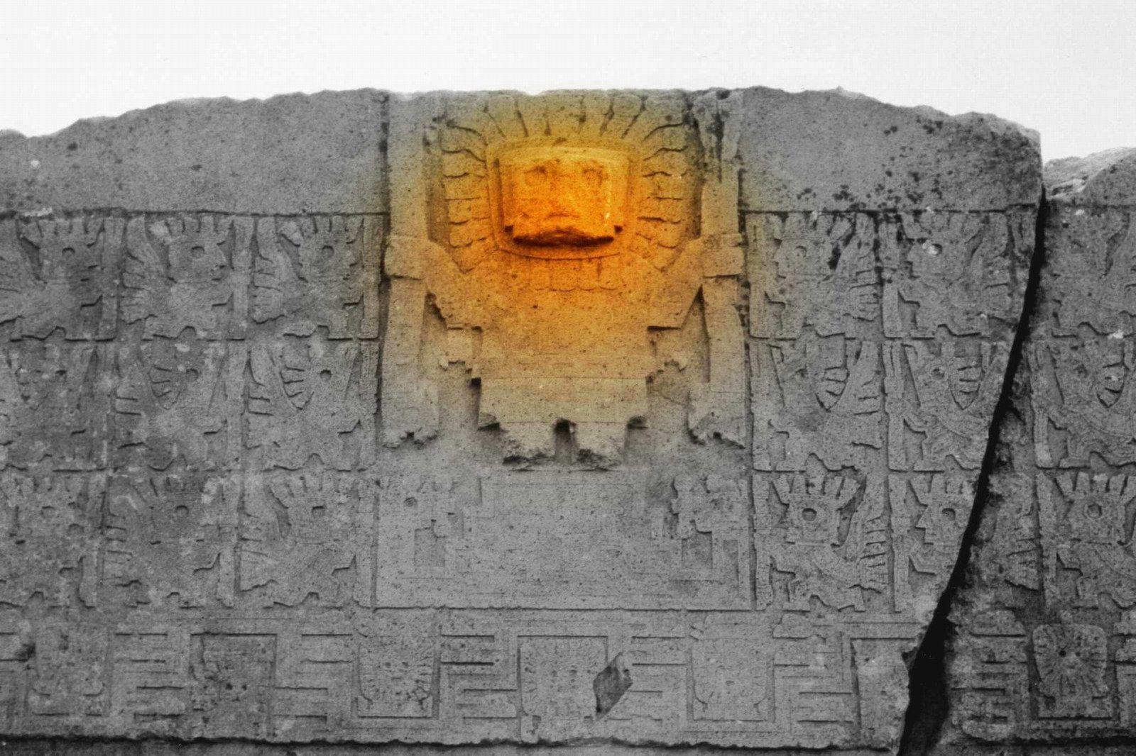 Puerta Del Sol Tiwanaku Bolivia Puma Punku And