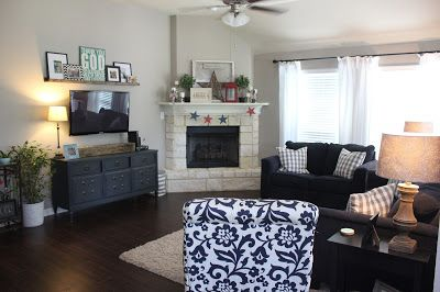 Faith, Football, and Fairy Tales: {SUYL Home Tour: Living Rooms}