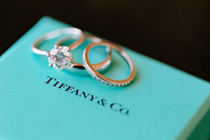 Anel de noivado Tiffany   Anel de noivado e casamento   Pinterest ... 90f7cb4d81
