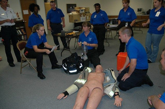 EMT Salary: How Much and Where EMTs Can Make The Best Money