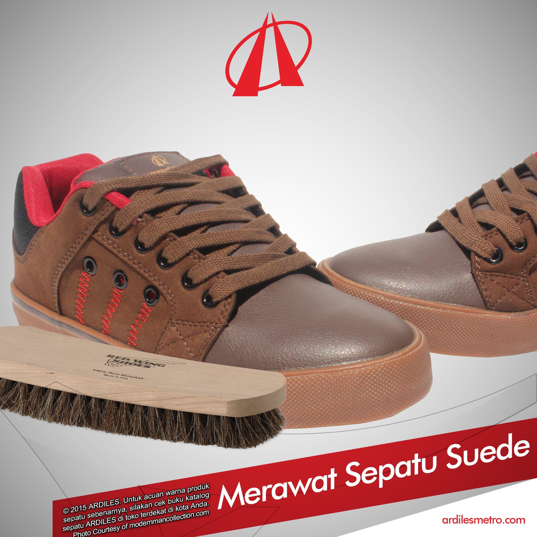 Ardiles Sneakers Lovers Bila Mempunyai Sepatu Suede Agar Tetap Tampil Elegan Dan Tahan Lama Harus Dirawat Dengan Baik Simak Cara Merawat Suede D Sepatu Produk
