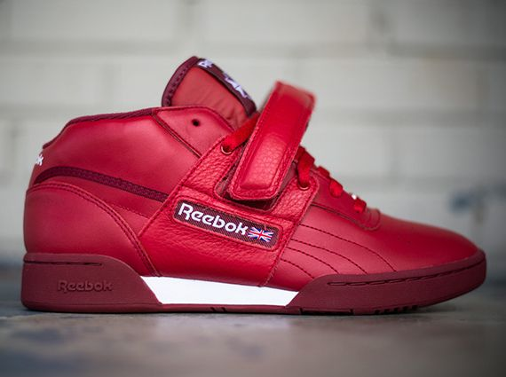 reeboks with the straps shoes