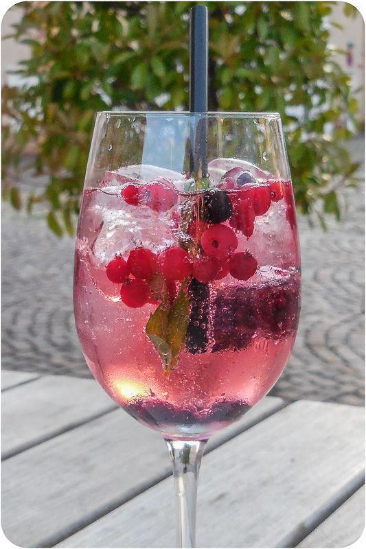 Photo of Cocktail etter arbeid: Lillet Wild Berry