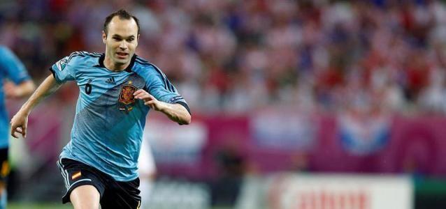 Iniesta Otro Culé Como Candidato Al Mejor Jugador De La Uefa