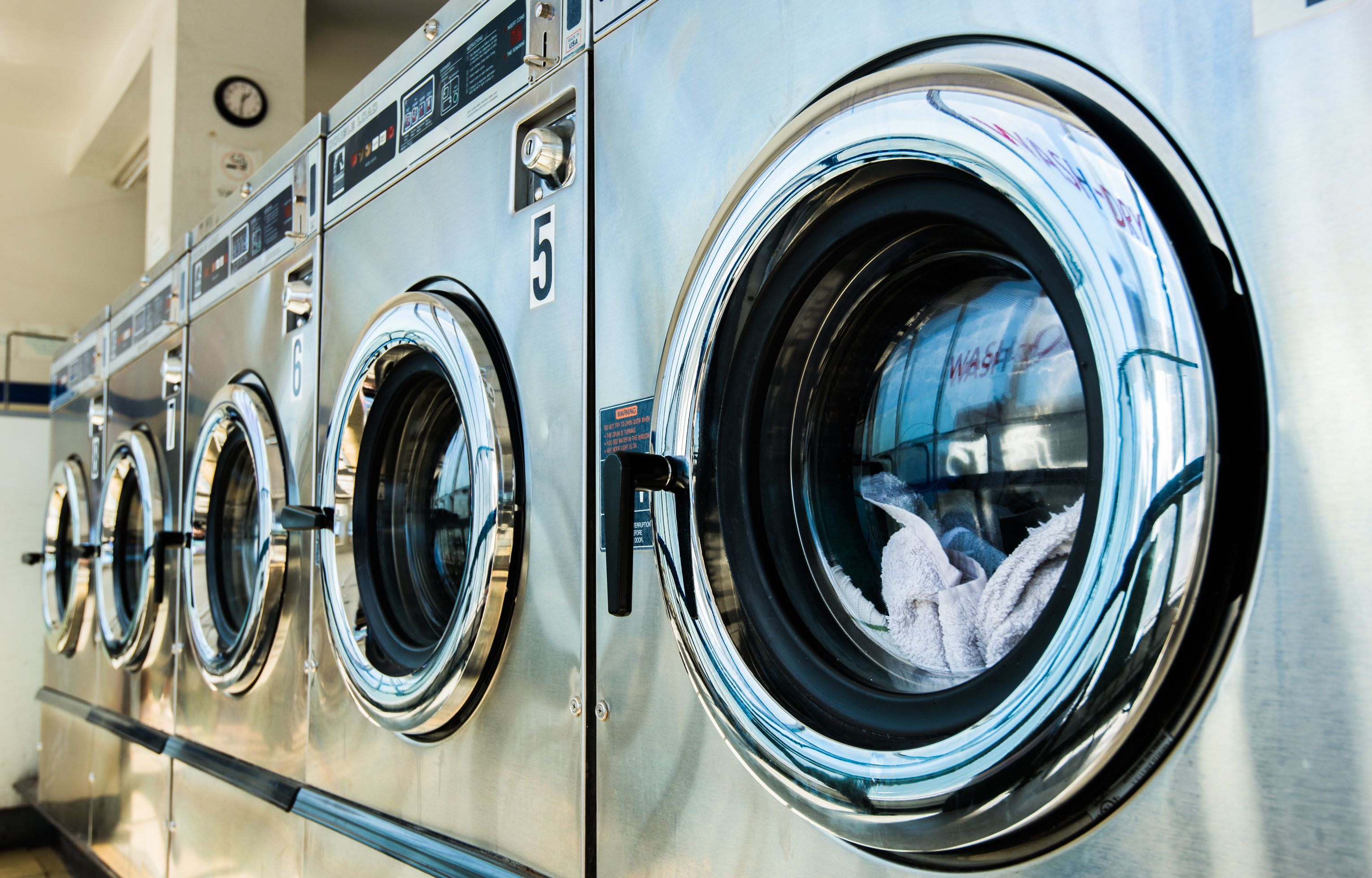 6 Ways To Keep Your Dark Clothes From Fading In The Wash Washing