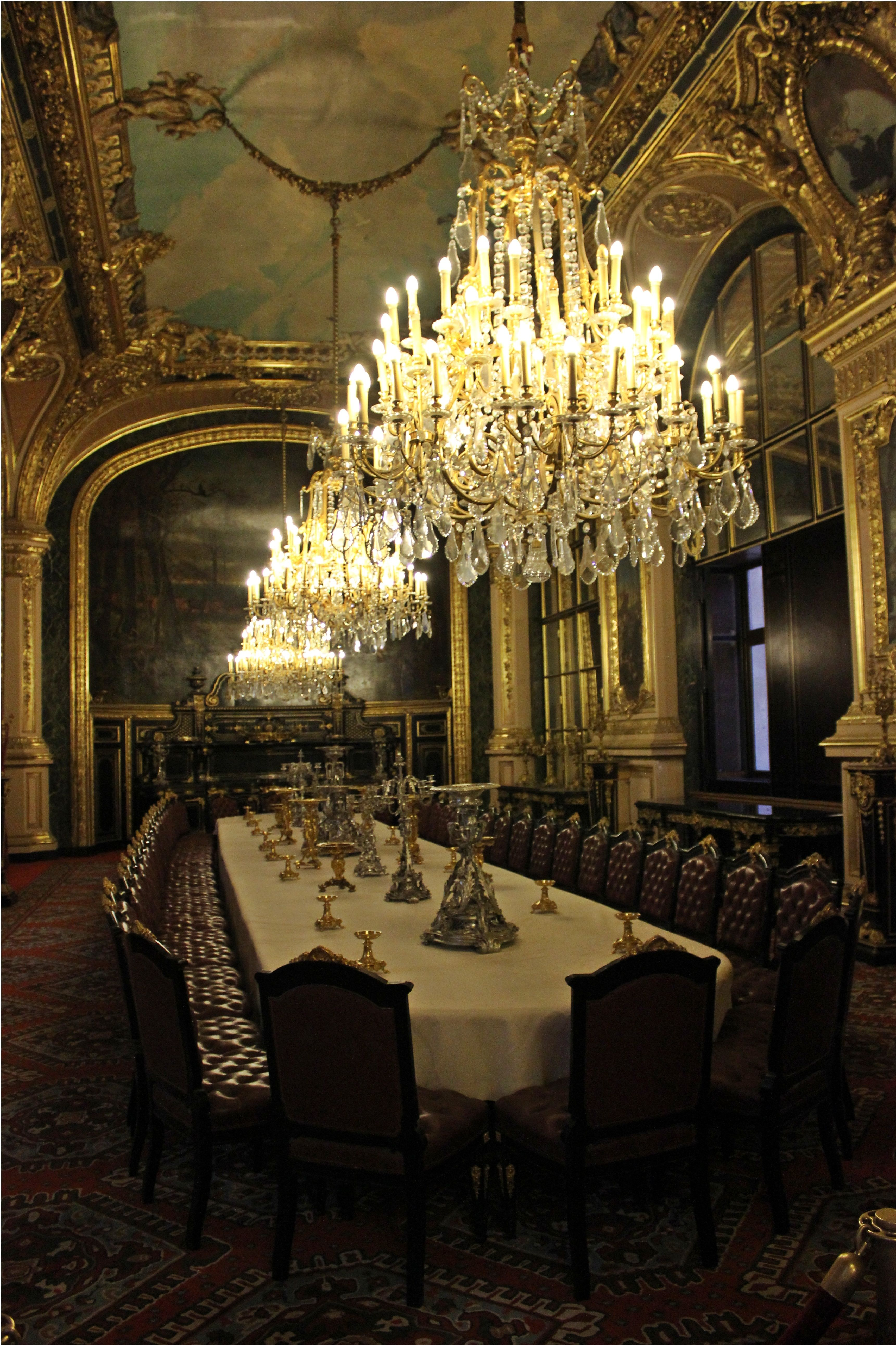Mus e du louvre the apartments of napoleon iii paris for Esszimmertisch paris