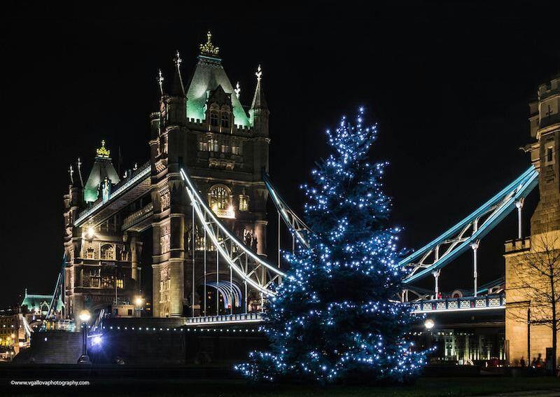 Vgallova Tower Bridge Christmas Lights Tower Bridge Christmas Tower Light Pollution