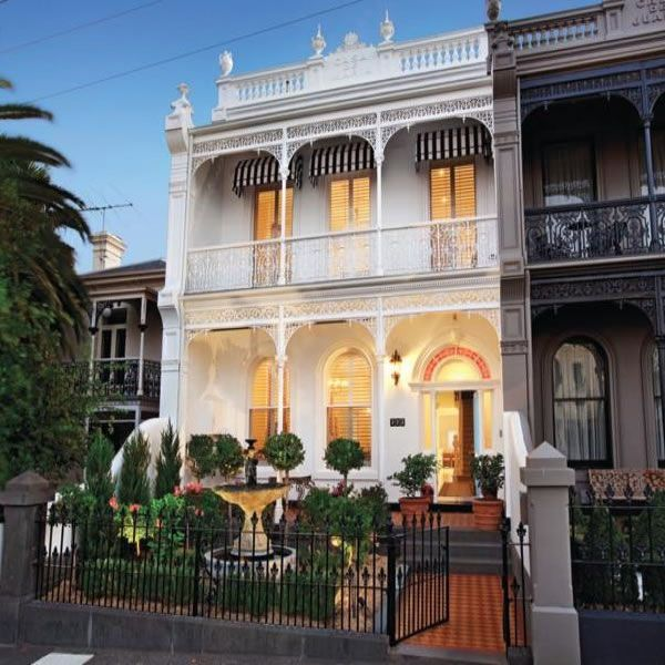 Modern Luxury Home In Architectural Design In Australia: New Orleans French Colonial