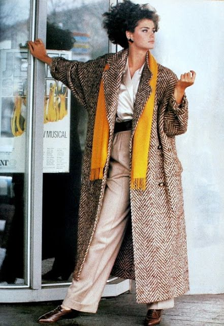 Vogue Uk August 1984 Loose Herringbone Coat By Paul Costelloe Photo Eric Boman 1980s Outfits Fashion 1980s Fashion