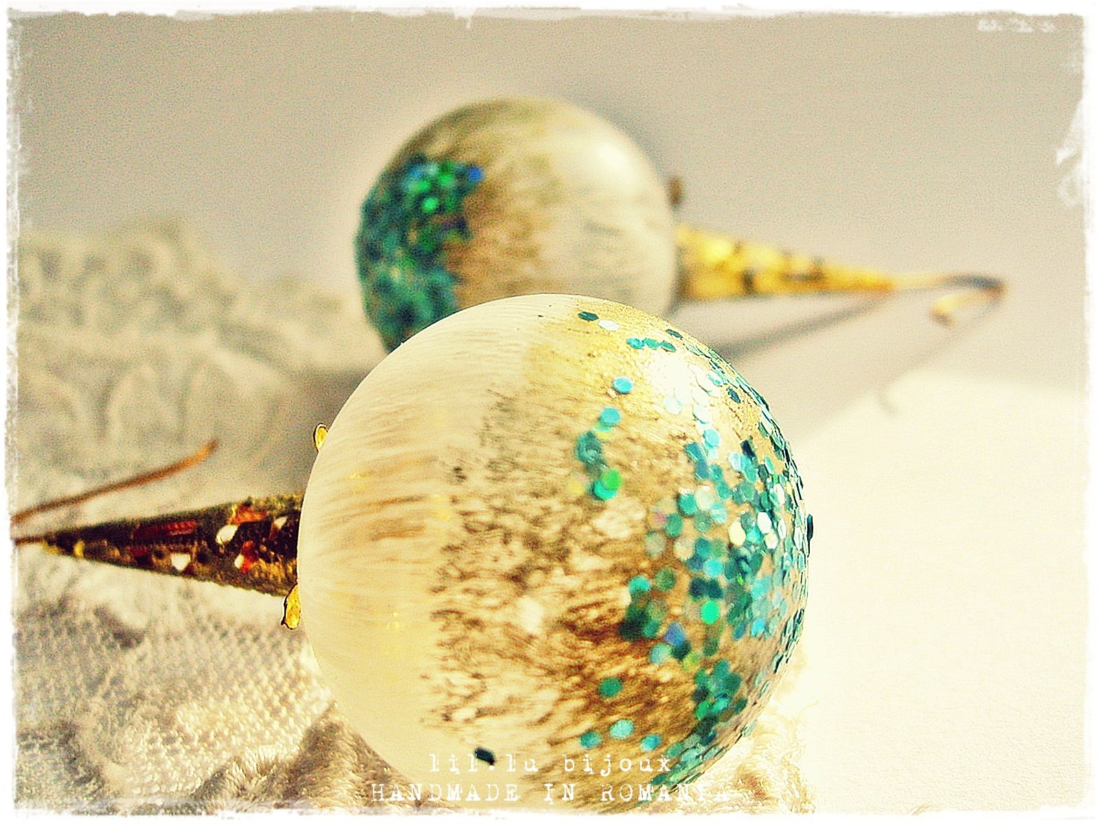 Cercei Glitter (lucrare inscrisa in Concursul Decoreaza-ti Iarna, cu Breslo!)