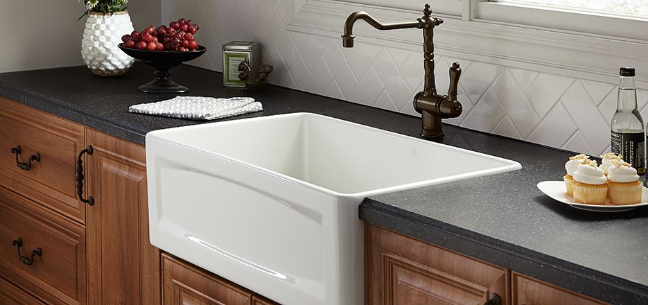 Porcelain A Front Sinks Kitchen In
