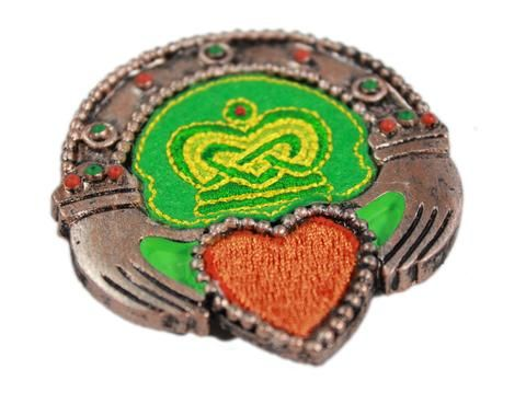 Hang This Irish Magnet In Your Home To Show Off Your Irish Side Beautifully Embroidered This Claddagh Magnet Represents Irish Gifts Handcraft Crafts To Make