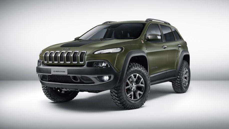 Mopar Showcases Modified Jeeps In Dubai Jeep Cherokee Trailhawk