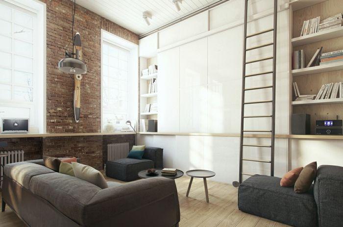 ladrillo-visto-decoración-salón-pequeño-sofá-escalera-alta-ventanas ...