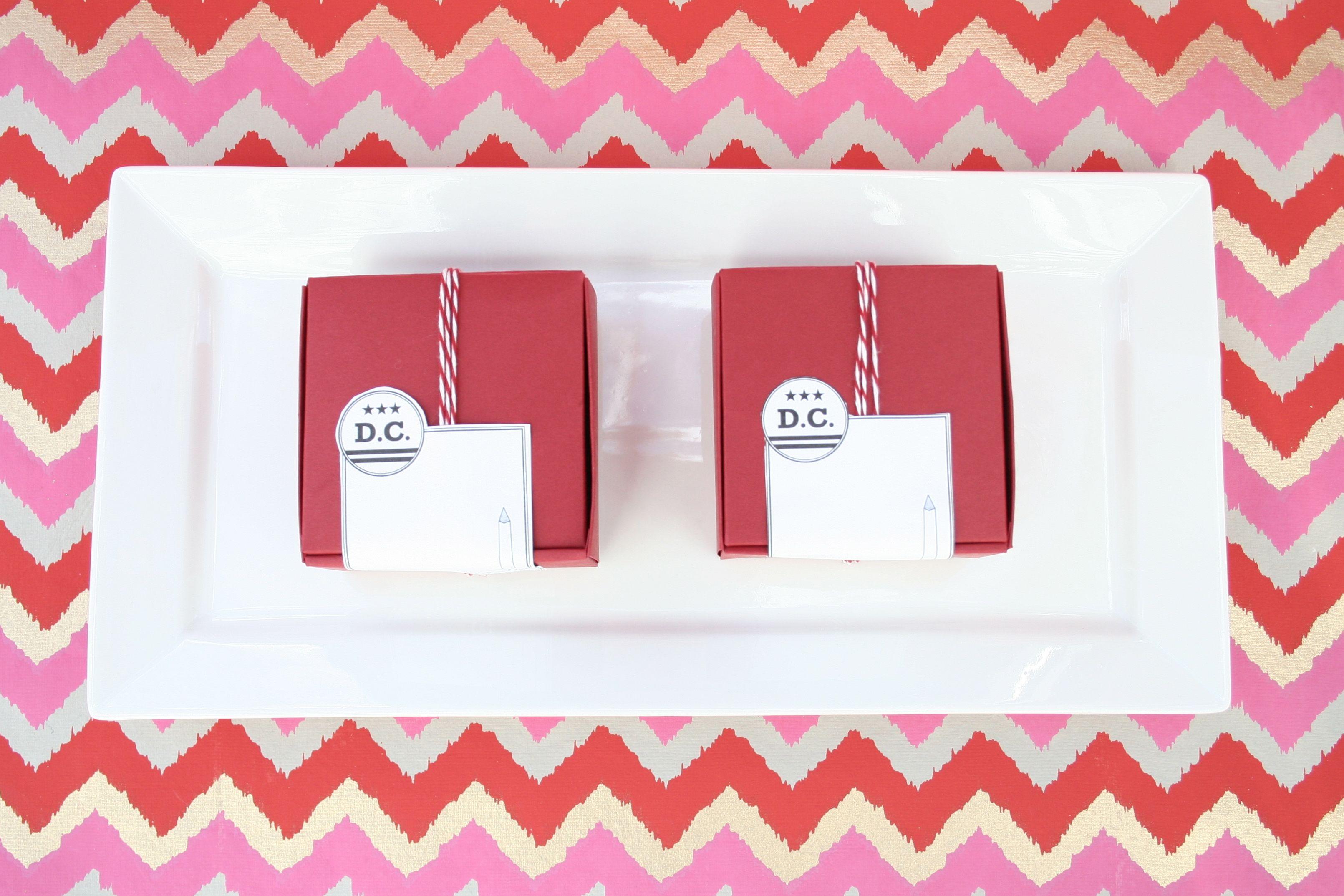 modern wedding favor boxes diy 550x366 Free Printable for Washington ...
