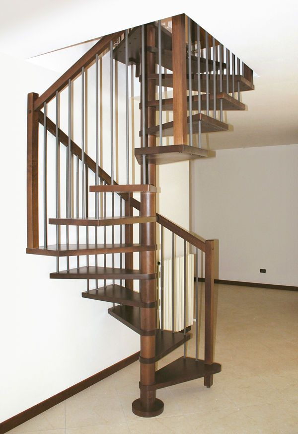 Square Spiral Staircase Wooden Frame And Steps Onice Linea Scale