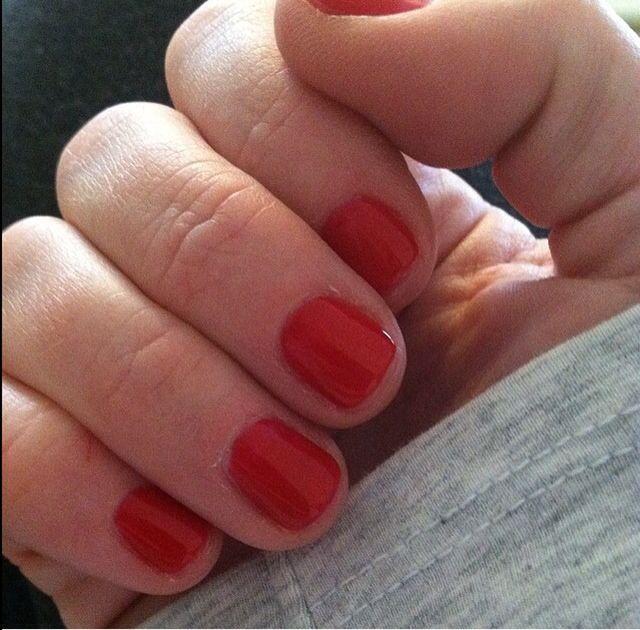 Essie gel: Bankroll   Nail Polish #jillsnailswatch   Pinterest