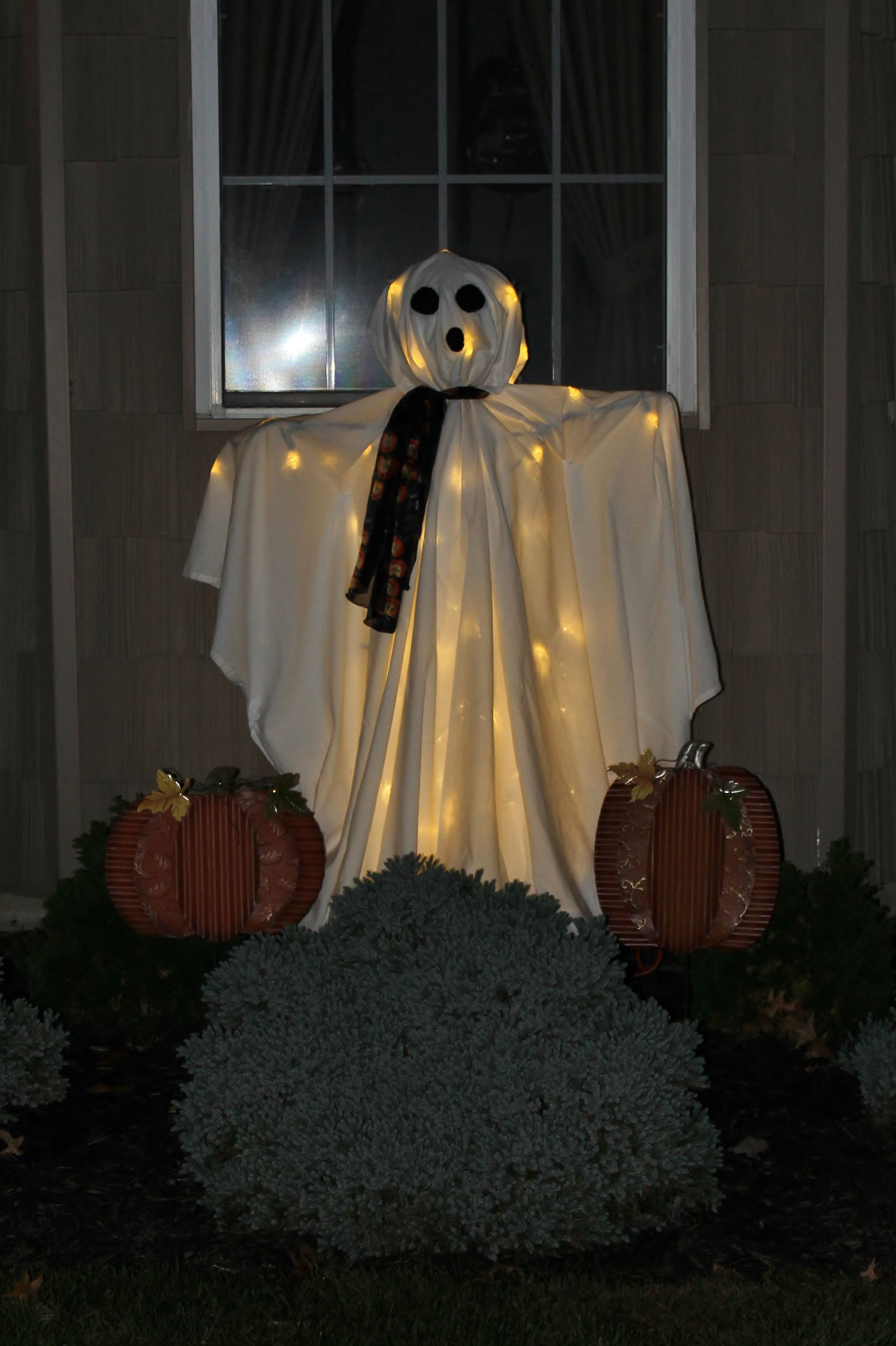 MY DIY TOMATO CAGE GHOST HOLIDAY  SEASONAL Pinterest Tomato - Ghost Halloween Decorations
