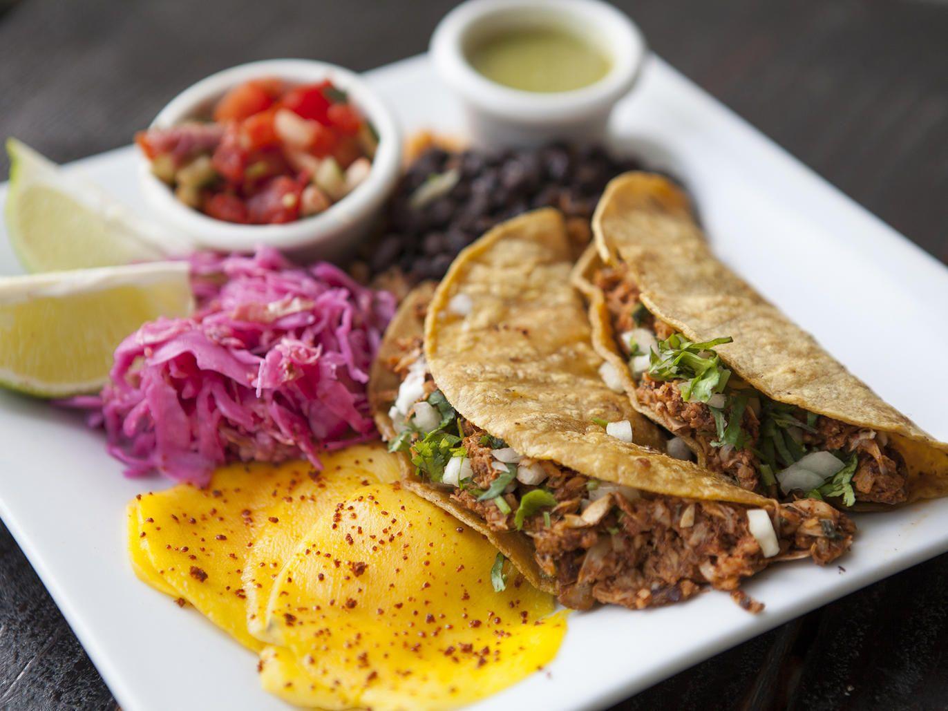 The Best Vegan Restaurants In Los Angeles Best Vegan Restaurants Bistro Food Vegan Restaurants