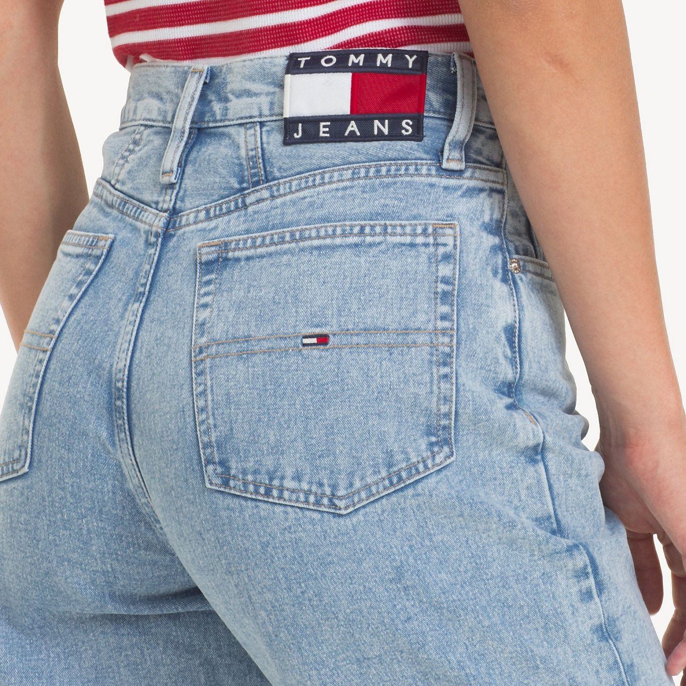 0b78527c1640a TOMMY JEANS TJ 2004 Mom Jeans - EIGHTIES LT BL RIG - TOMMY JEANS Damen -